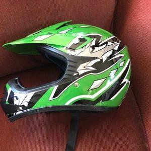Other - YL Motorcycle helmet